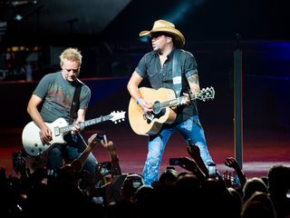 Jason Aldean in concert at Riverbend