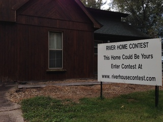 Owner holding essay contest for riverfront home