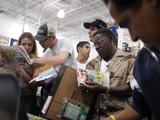 Black Friday store hours: When to get deals
