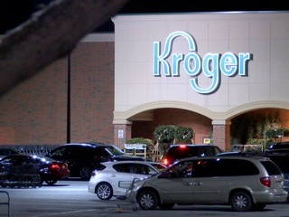 Kroger offers early retirement to 2,000 workers