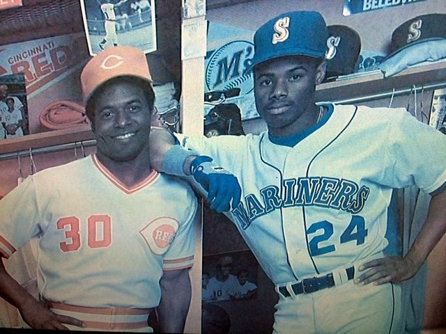 Ken_griffey_father_and_son_1452150130484_29496965_ver1.0_640_480