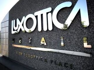 Luxottica going mobile with new retail strategy