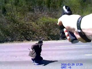 VIDEO: Body cam shows knife-wielding man on I-75