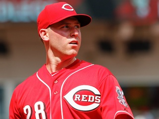 Reds being cautious with DeSclafani elbow issue