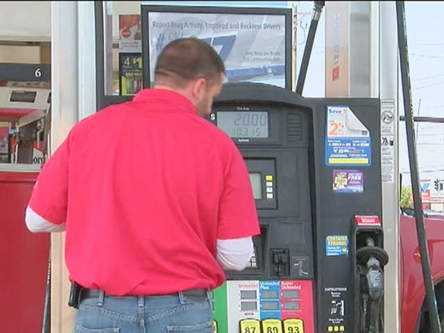 Oil drops, but will gas prices jump for holiday?