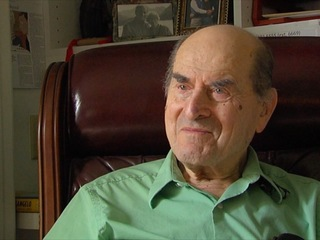 Dr. Heimlich uses his maneuver for first time