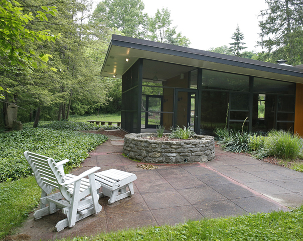 Photos Home Tour Strauss House Brings The Outdoors