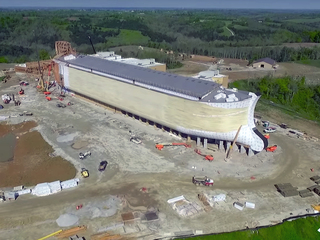 Jimmy Carter visits Kentucky's Ark Encounter