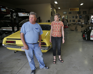 Local couple uses vintage cars for philanthropy