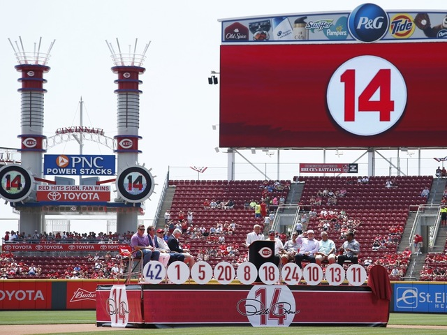 Reds retire Rose's No. 14, capping big weekend