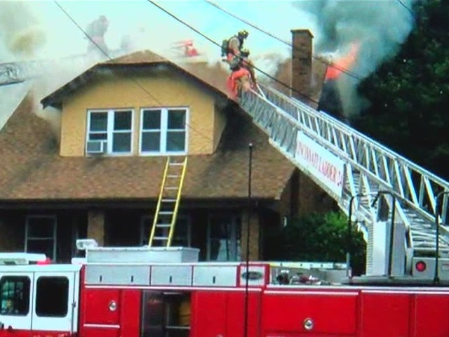 Moment of play saves kids from house fire