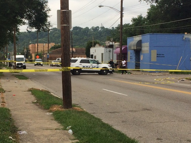 2 dead, 2 others injured in Beekman St. shooting