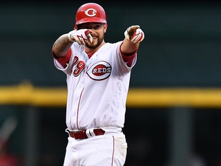 So close: Reds' Finnegan almost no-hits Dodgers