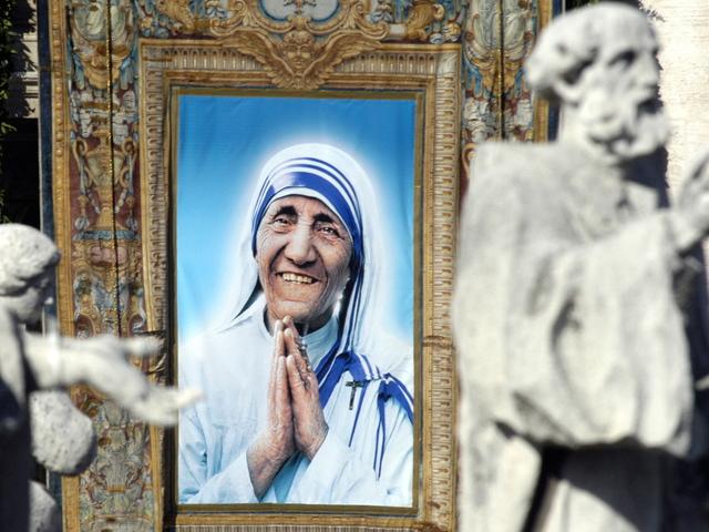Macedonia celebrates Saint Teresa's canonization in capital