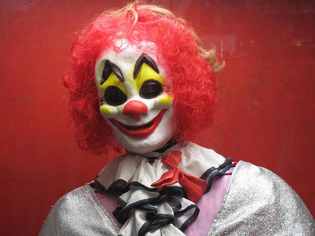 Creepy clown sightings have police on alert
