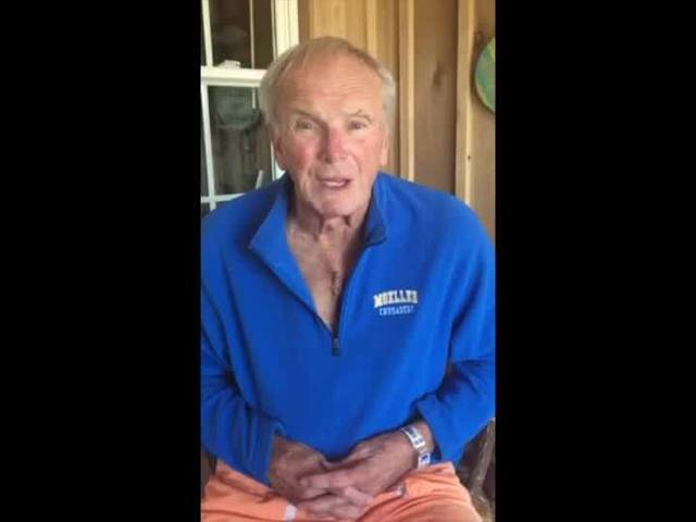 Coach Sam Wyche thanks public for support during surgery