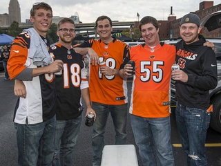 Bengals tailgaters revel before win vs. Dolphins