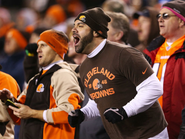 Wcpo_browns_fan_vs_bengals_1477206149953_48529514_ver1.0_640_480