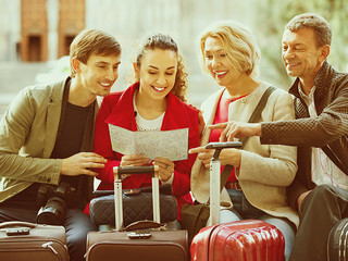 7 important holiday travel health tips