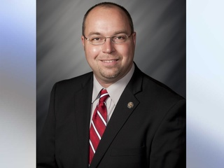 Report: Ind. lawmaker will propose abortion ban