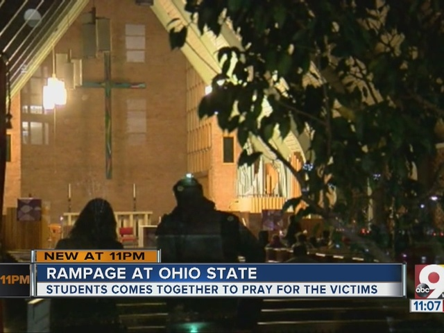 Students hold vigil for Ohio State attack victims
