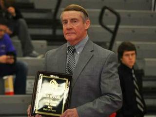 Oak Hills mourns loss of beloved coach Roche