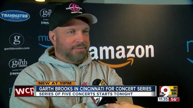 WCPO-s Julie O-Neill-s one-on-one with country star Garth Brooks