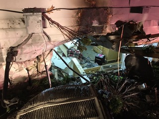 Car slams into Glendale home during police chase