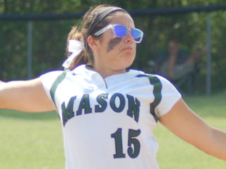 Teammates, rivals show love for Mason star