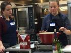 Cooking class mixes experts, entrepreneurs, fun