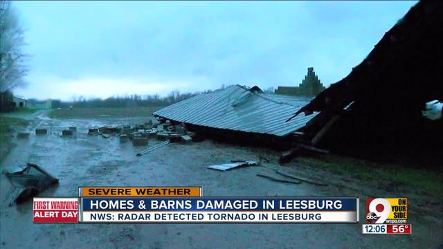 Homes and barns damaged in Leesburg