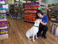 Tails wag for NKY's Lulu's Pet Pantry