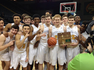 Moeller slips past La Salle to go to state