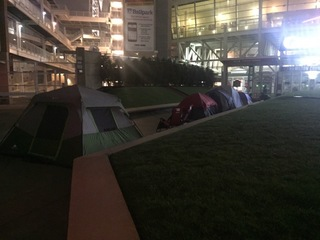 Reds fans camp out for Opening Day tickets