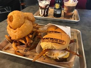 BurgerFi brings drool-worthy burgers to Banks