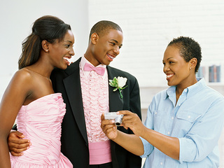 5 prom season safety tips for teens and parents