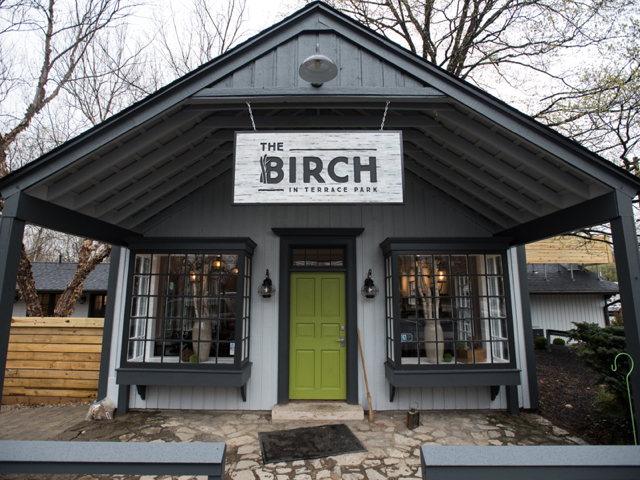 Peek inside the birch restaurant in terrace park gallery for Terrace on the park restaurant