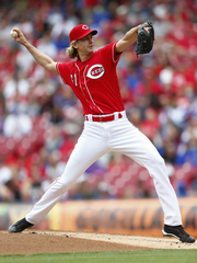 Arroyo goes 6 innings, leads Reds over Cubs 7-5