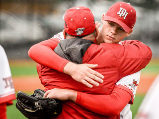 Dixie Heights topples St. Henry 5-2 in playoffs