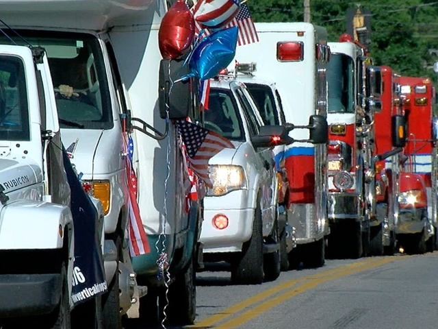 Loveland parade goes on in wake of fire