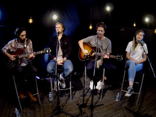 Frenship performs stripped-down Lounge Acts set