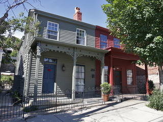Home Tour: Rehabber struck gold on Prospect Hill