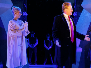 NYC theater stands by its Trump-inspired Caesar