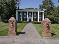 Home Tour: Step into 1830s Kentucky