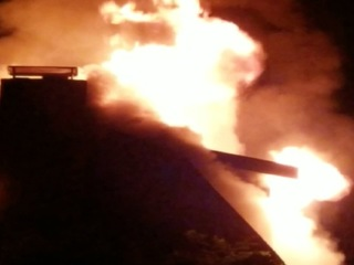 Fire destroys log home at Hidden Valley Lake