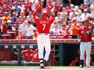 Reds avoid sweep, top Marlins 6-3