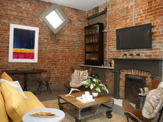 Home Tour: Distressed 1890 lofts melds old, new