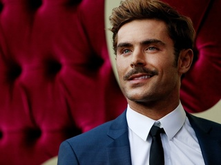 First pics show Zac Efron as Bundy in Cincy film