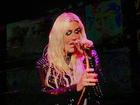 Kesha cries during performance of 'Praying'