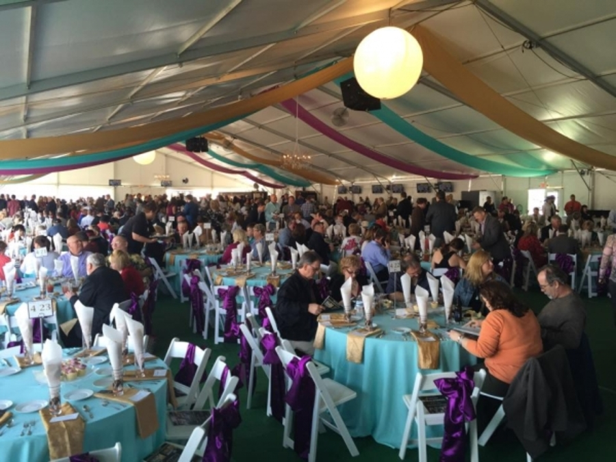 The VIP tent holds 2000 guests offering specialty bourbon drinks from Makeru0027s & Turfwayu0027s Spiral Stakes gets Derby season under way u2014 and gives us ...